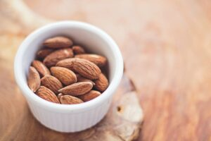 Keto Nuts – The Best and the Worst!