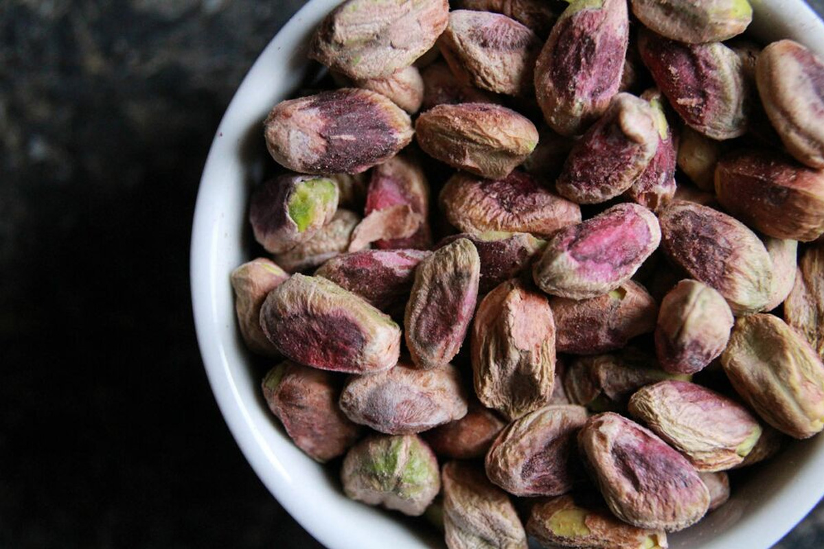 This is How Many Nuts You Should Really Be Eating Per Day