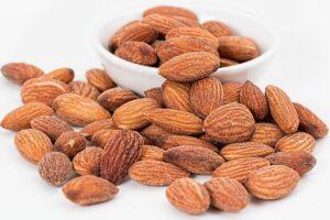 5 Reasons Almonds Can Actually Make You Healthier